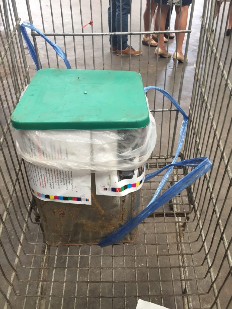 สาธารณสุขภูเก็ตลงพื้นที่ตรวจสอบต้นตอ ปลาร้าหนู ในห้างดัง อ้างไม่ทราบแหล่งส่ง | News by The Thaiger