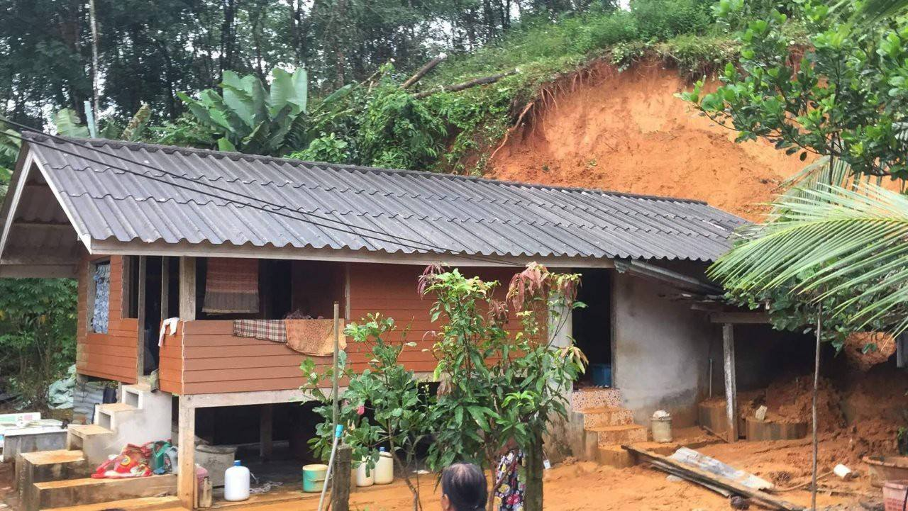 Floods and landslides in Phang Nga damage homes | The Thaiger