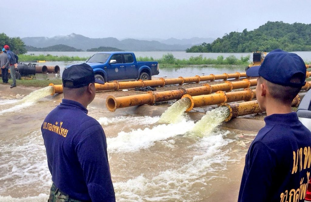 Phetchaburi dams poised to overflow today   News by Thaiger
