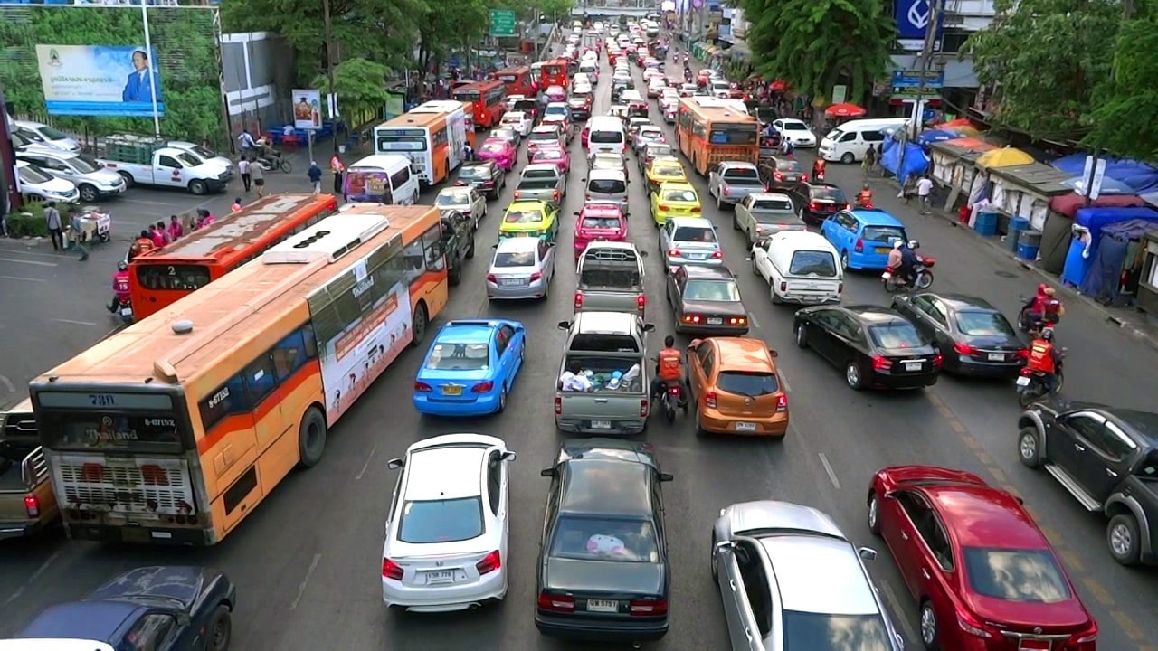 Fix Bangkok's traffic within 3 months – Thai PM | The Thaiger