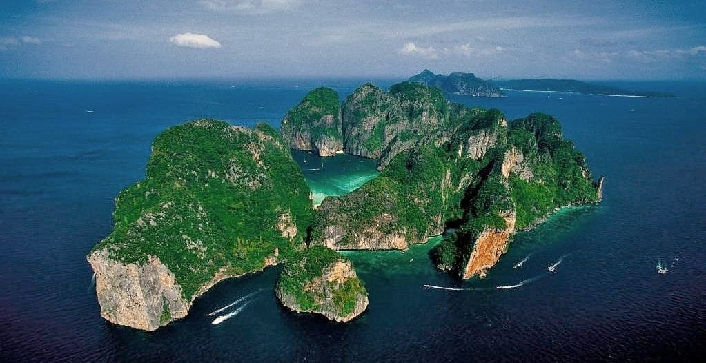 Saving Phi Phi from its own popularity | News by The Thaiger