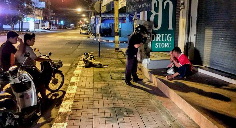 Chiang Mai biker feeding the homeless   News by The Thaiger