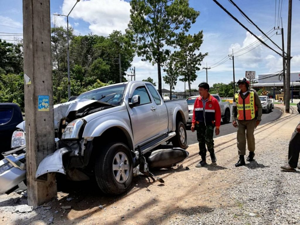 Drivers survive a Krabi road incident   News by The Thaiger