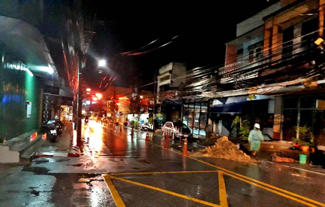 Phase 2 of the Phuket Old Town underground cabling pushes out to March 2019 | The Thaiger