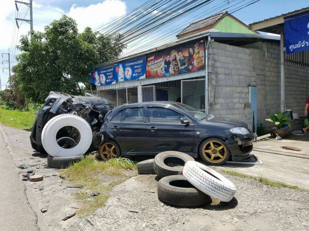 Two injured, three vehicles damaged in jealous chase - Krabi | News by The Thaiger