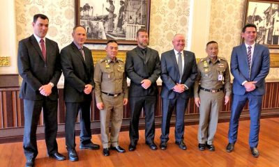 His Majesty honours 188 for their role in Tham Luang cave rescue | The Thaiger