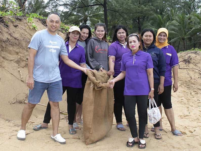 JW Marriott Phuket Resort & Spa supports International Coastal Clean Up Day   News by Thaiger