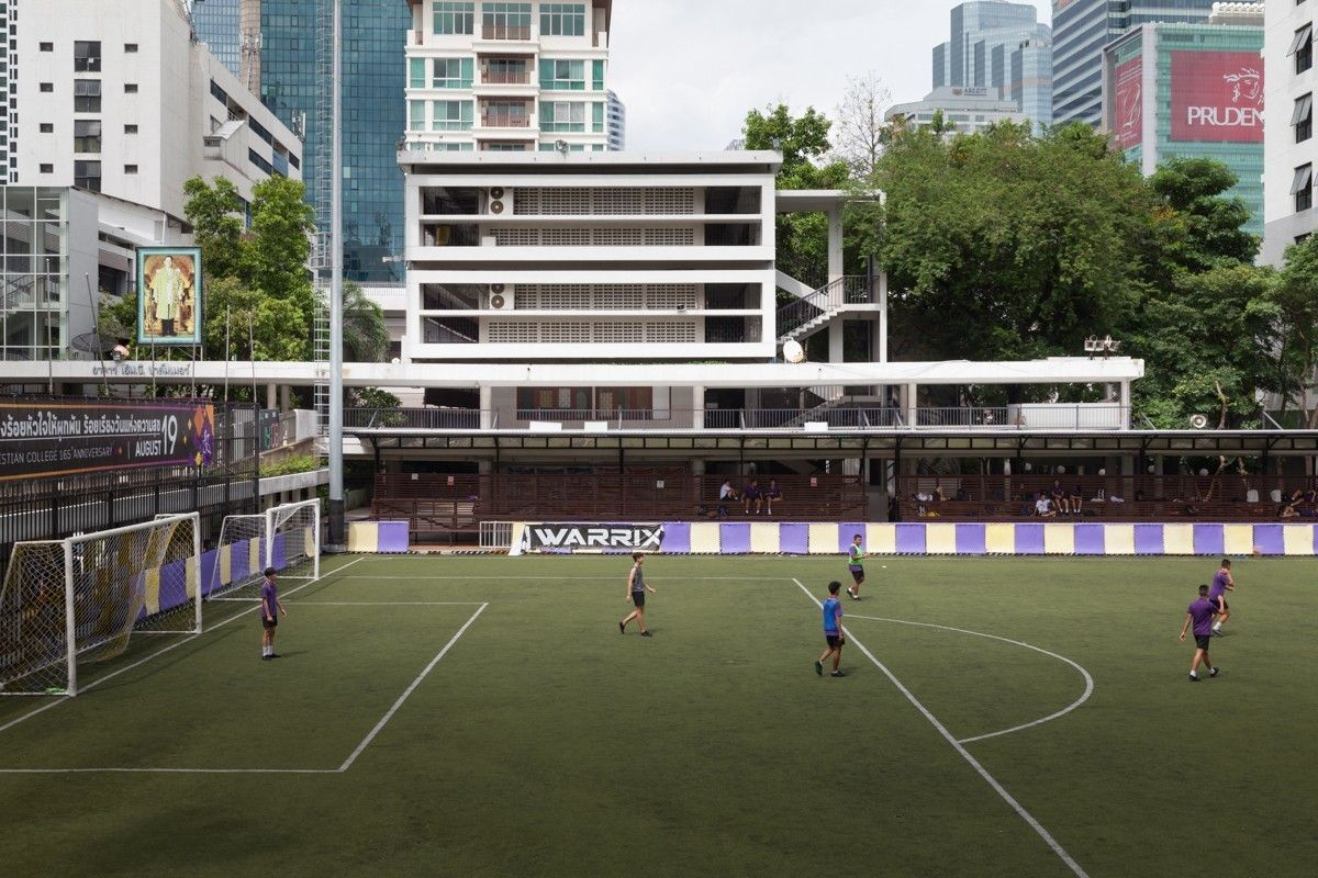 Hello Bangkok Christian College – It's the 21st century | The Thaiger