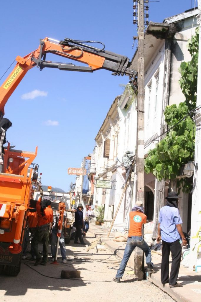 Phase 2 of the Phuket Old Town underground cabling pushes out to March 2019 | News by The Thaiger