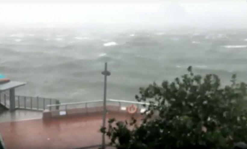 Typhoon Mankhut batters Hong Kong and Macau   The Thaiger