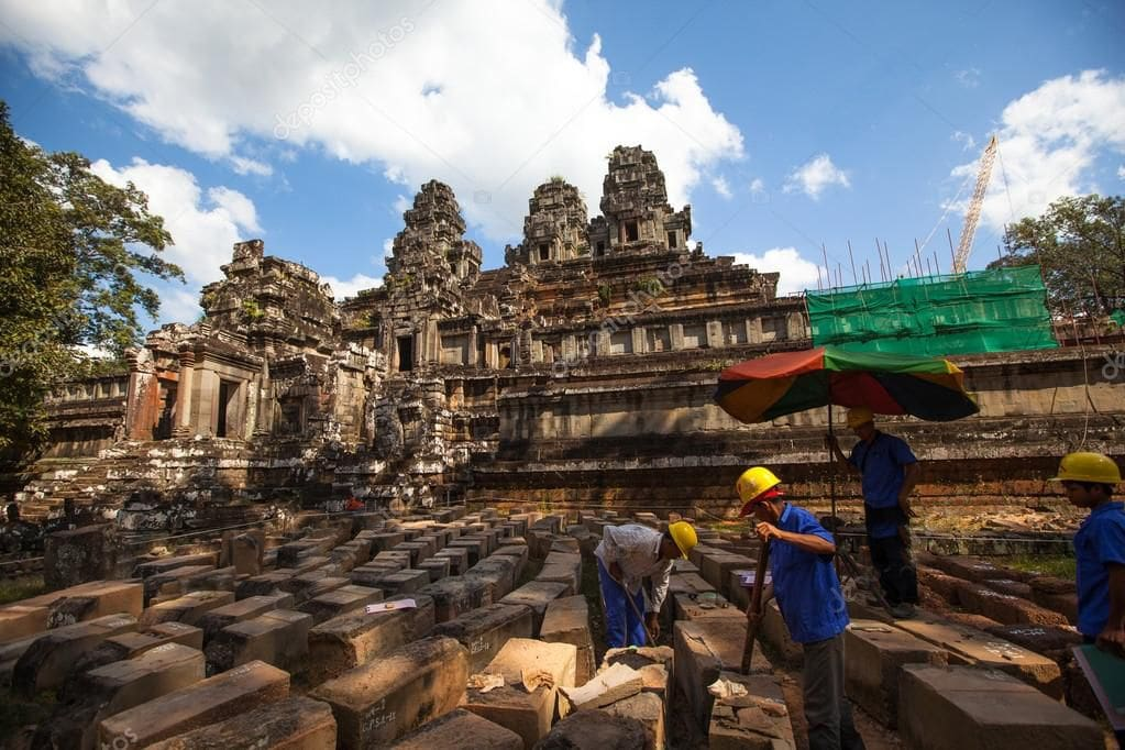 Saving ancient stone – restoration of the Angkor heritage sites | The Thaiger