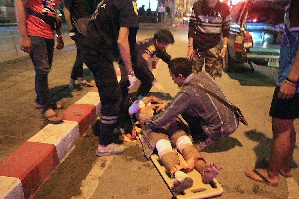 Road racing motorbikes collide in Bangkok - one dead, one injured | News by The Thaiger