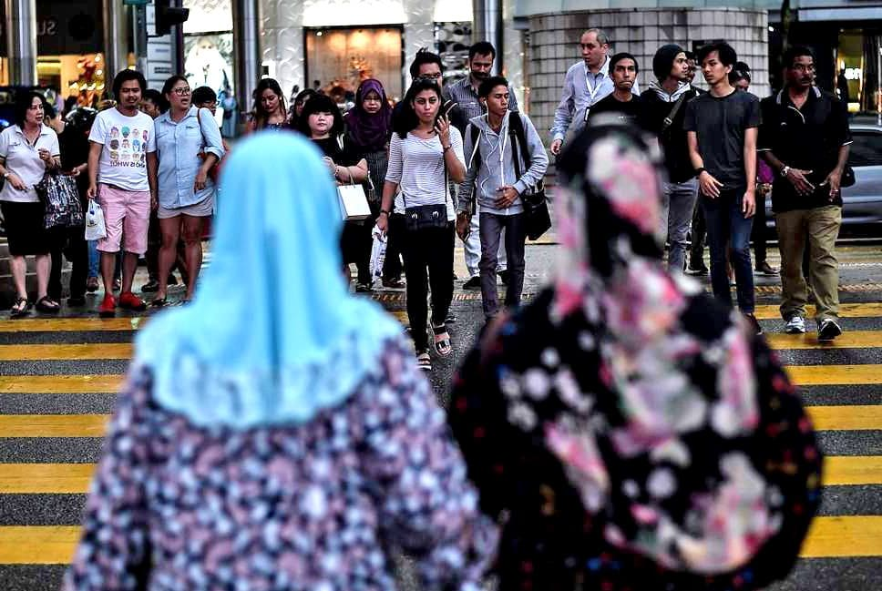 Malaysia's President-elect condemns caning of two women | The Thaiger