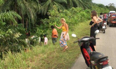 Ten injured in a Krabi minivan accident | The Thaiger