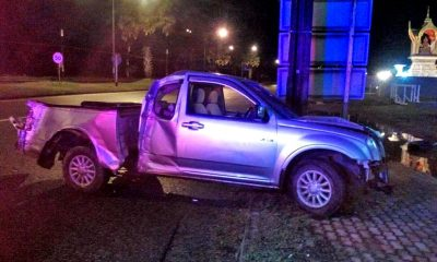 Pickup driver survives after high-speed collision with speed sign | The Thaiger