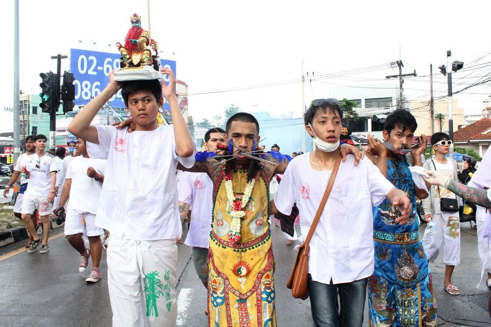 Phuket vegetarian festival processions kick off | The Thaiger