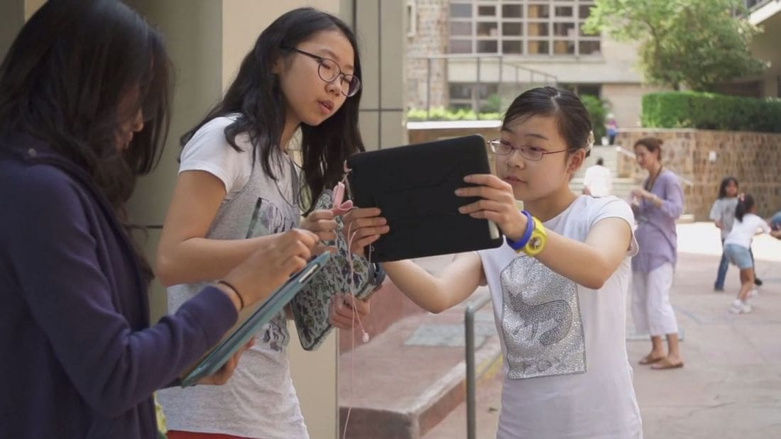 "UWC Thailand presents free screening of ""SCREENAGERS"" 
