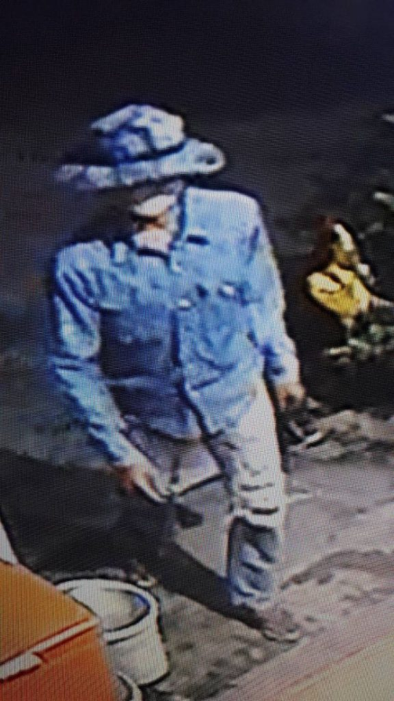 Police hunting for two men who robbed shop in Chalong   News by The Thaiger
