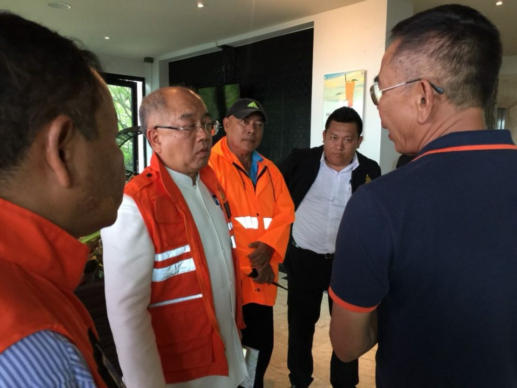 Phuket Governor inspects flash flood and landslide areas along the coast   News by The Thaiger