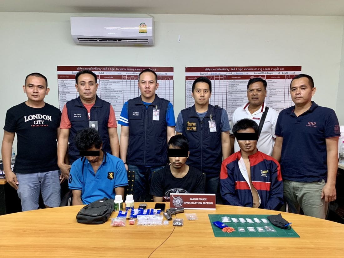 Three arrested with drugs and guns around Sakoo | The Thaiger