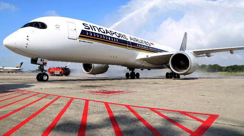 Singapore Airlines takes off tonight for the world\'s longest flight ...