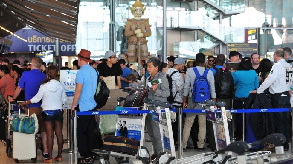 Panicked tourism associations call for visa fee exemption for Chinese | The Thaiger