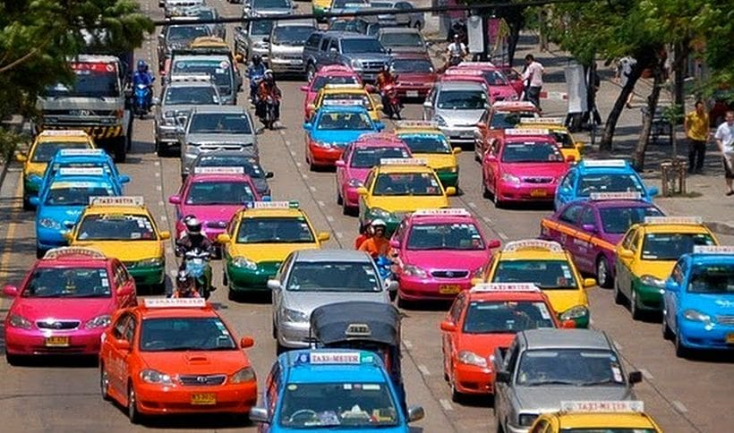 New flat-fee taxi service to start 2019 after fare hike refused   The Thaiger