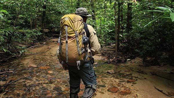 2 นทท.ฝรั่งเศส หลงป่า เทือกเขาพนมเบญจา เจ้าหน้าที่ตามหากว่า 4 ชั่วโมง | The Thaiger