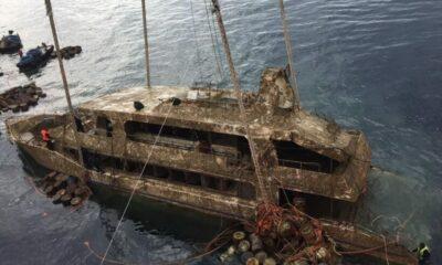 ปฏิบัติการกู้เรือฟินิกซ์ คาดนำเรือขึ้นบกได้ภายในวันนี้ | The Thaiger