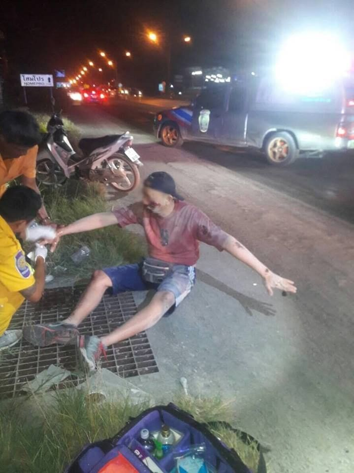 Phuket officials rush to control the scores of accidents in Thepkrasattri Road, Thalang | News by Thaiger