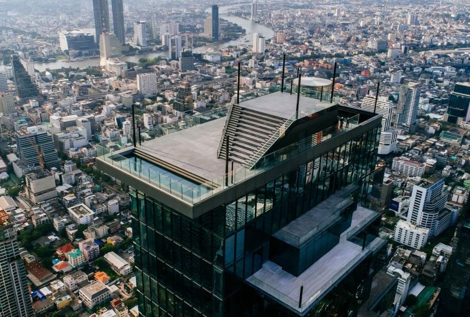 Walk on the wild side - the new Mahanakhon SkyWalk | News by The Thaiger