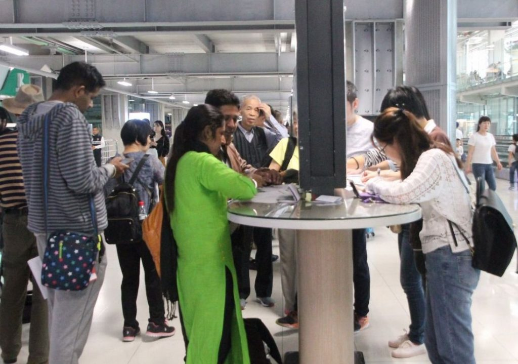 Fast-lane online visa system launched at Thai airports | News by The Thaiger