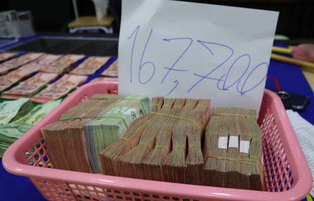 56 gamblers arrested in Kathu gambling den raid   News by Thaiger