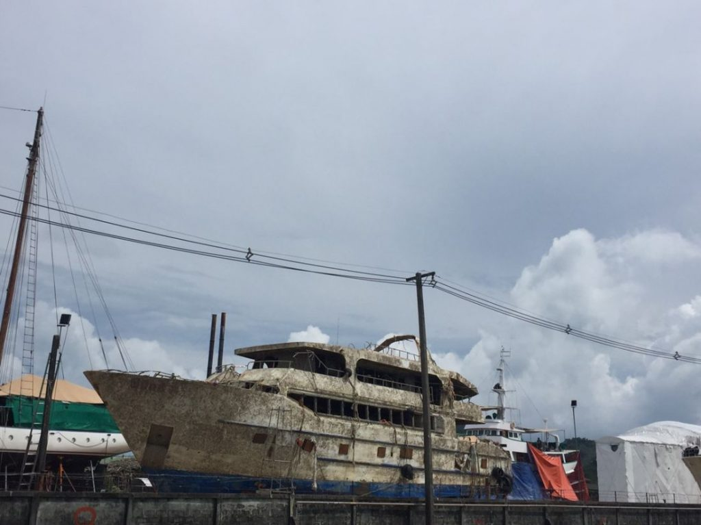 The Phoenix is now high and dry at Rassada shipyards | News by The Thaiger