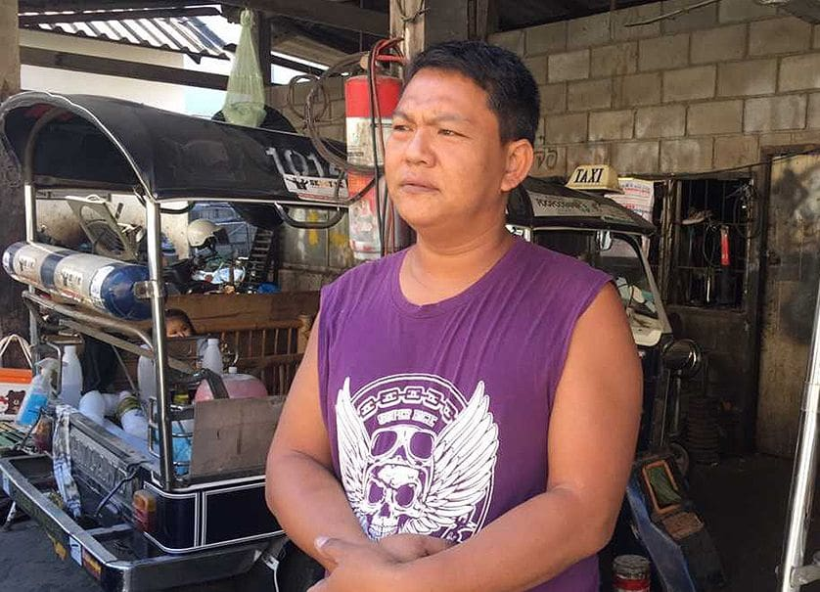 Grab and illegal tuk-tuks killing Chiang Mai rental company   The Thaiger