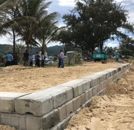 Marine Department halts construction of Karon retaining wall | News by The Thaiger