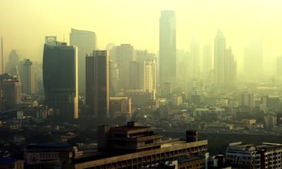 Bangkokians advised to stay inside until smog clears   Thaiger
