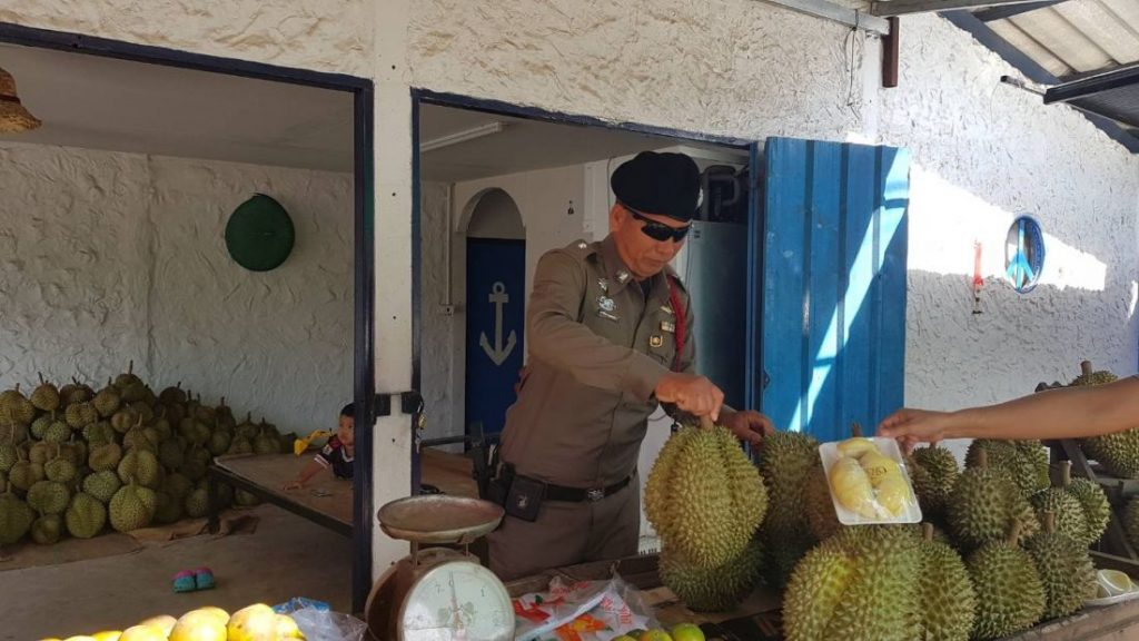 Krabi Police tracking down durian thief | News by Thaiger