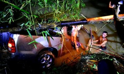 Pickup truck crashes into canal in Phatthalung killing two | The Thaiger