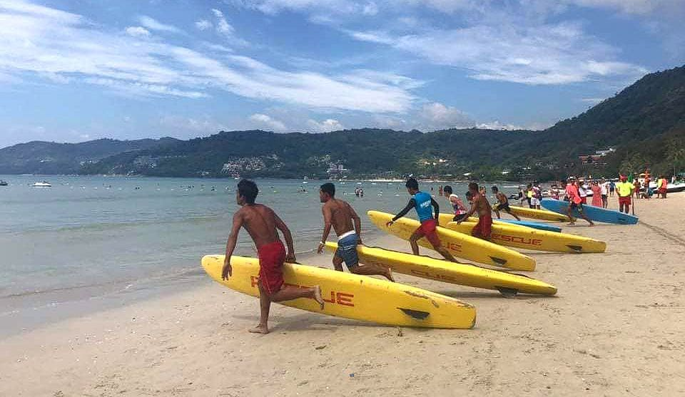 Phuket surf lifesavers wrap up local comp at Patong Beach | News by The Thaiger