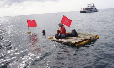 New red flags set up at Maya Bay to prevent tourist swimmers | The Thaiger