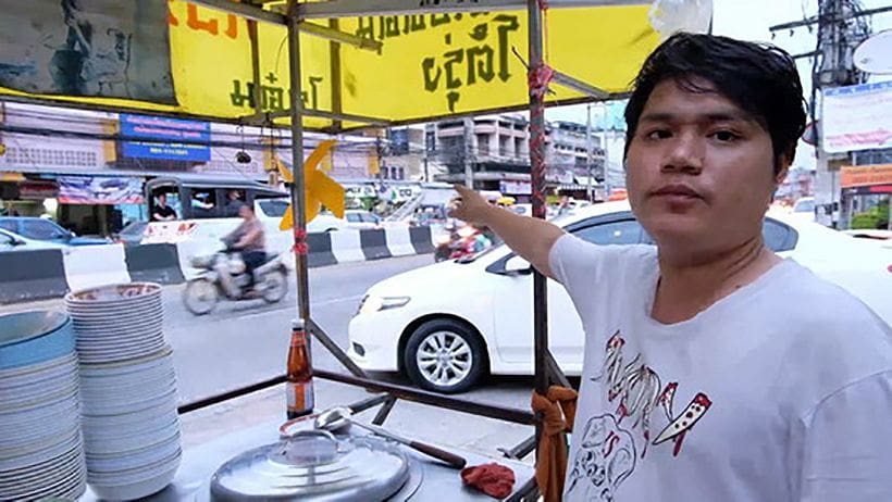 Noodle sellers dodging police bullets in Chiang Mai | News by The Thaiger