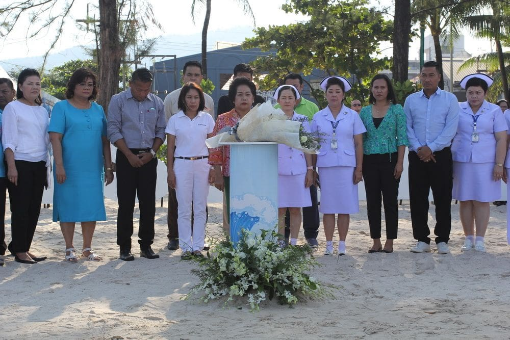 Tsunami remembrance ceremony held on Patong Beach | News by Thaiger