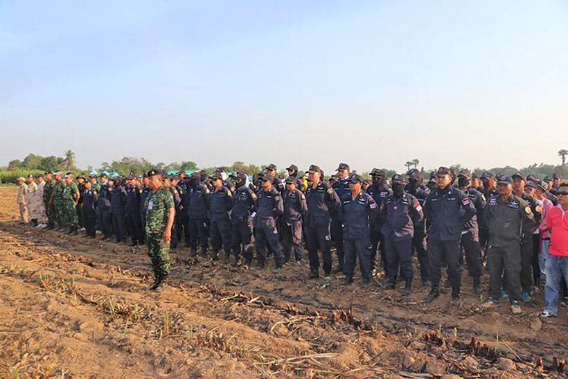 More than 300 involved in search for missing two year old | The Thaiger