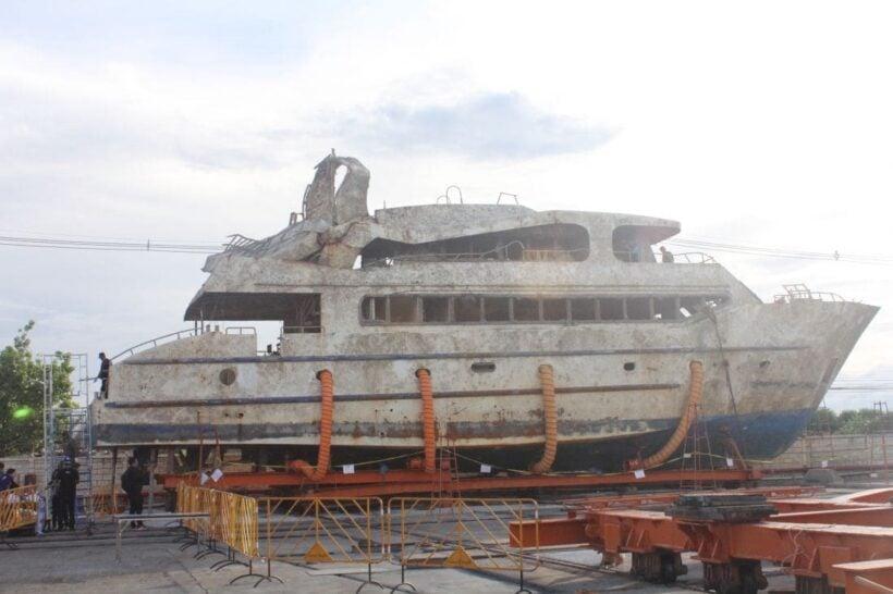 ชัดเจนแล้ว เรือฟินิกซ์ต่อไม่ได้มาตรฐาน ทำเรือล่ม จ่อเอาผิดข้าราชการเพิ่ม | The Thaiger