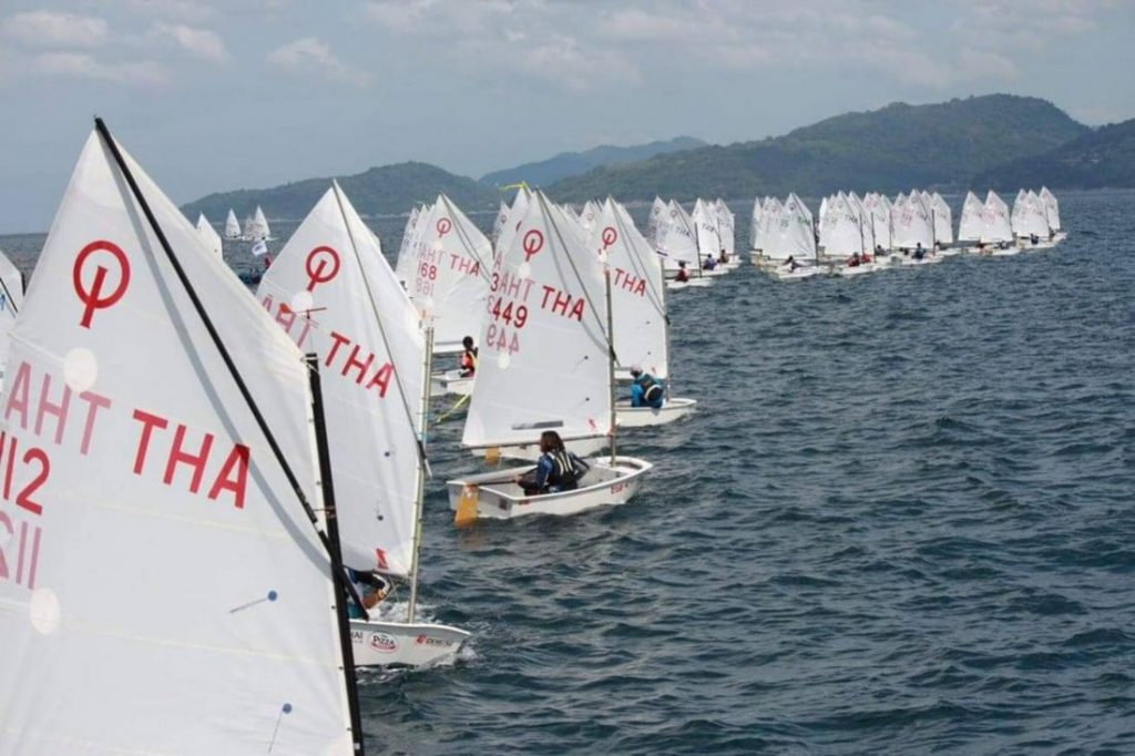 No wind for the big boats, but plenty for the smaller ones - VIDEO | News by The Thaiger
