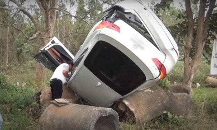 ให้คนแก่ขับรถเอง มีความเสียงอันตรายต่อทั้งตัวคนขับและผู้อื่น | News by The Thaiger