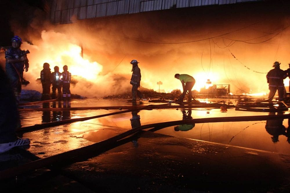 Huge fire in Bangkok guts recycling plant | The Thaiger