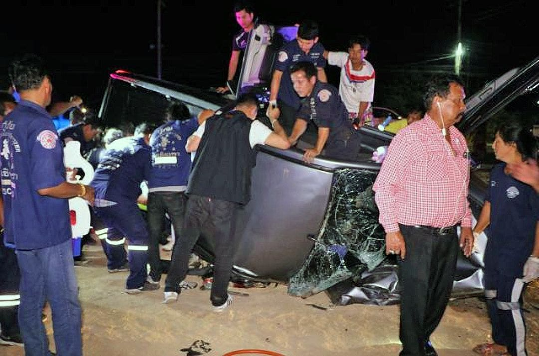 Five dead and five injured from two families in head-on collision | The Thaiger