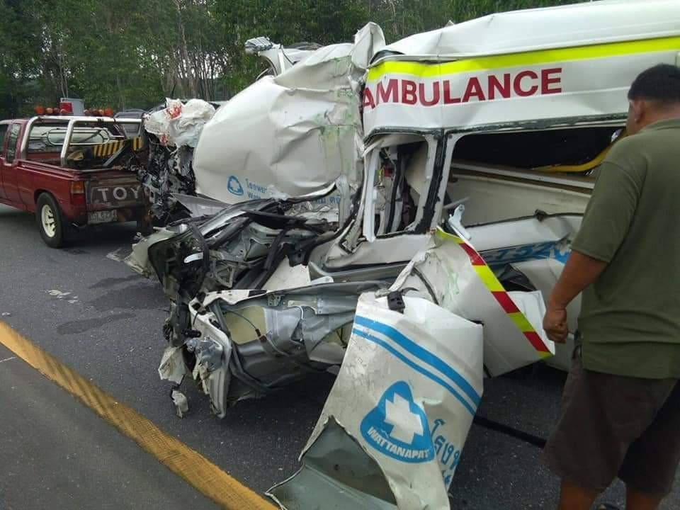 One dead and two injured in ambulance crash in Trang | The Thaiger